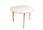 MIA Tisch